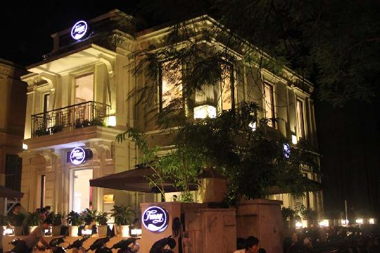 Fanny Ly Thuong Kiet at night