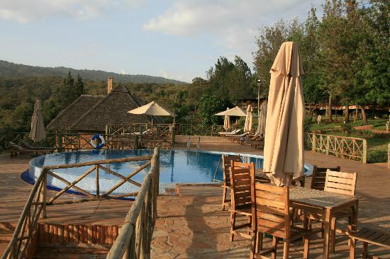 Neptune Ngorongoro Luxury Lodge : Vue piscine