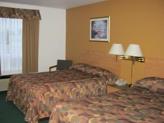 fort frances chat rooms With hotelscom you can easily book the best hotels near townshend theatre, fort frances  don't forget to check out the room options and facilities we list for.