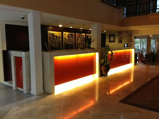 Angsana Bintan: Front Desk Area