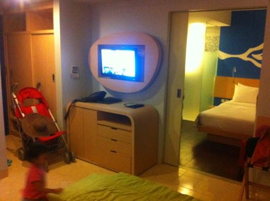 BEST WESTERN Kuta Beach: Junior suite: LCD TV at the living room, nice space for family traveler