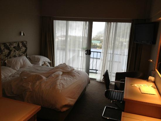 Holiday Inn Rotorua: Hotel room (third floor facing back)