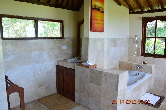 Alam Jiwa: Big bathroom
