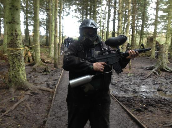 Delta Force Paintball Edinburgh: Boo!! Who you looking at?
