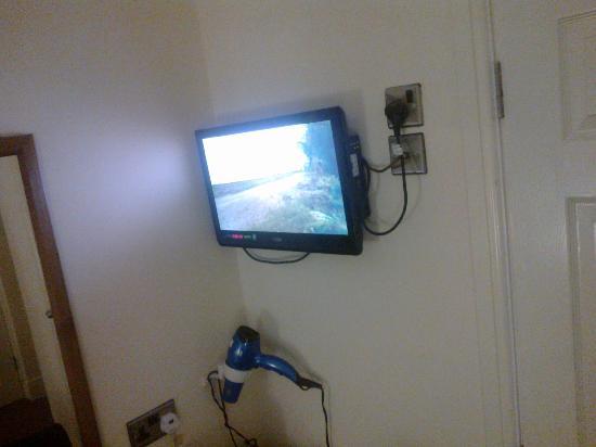 Travellers Inn: tv