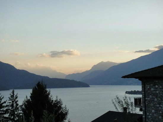 Villa Tres Jolie: the view from the deck