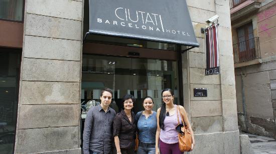 Hotel Ciutat de Barcelona: At the front of Hotel Ciutat Barcelona on C/Princesa
