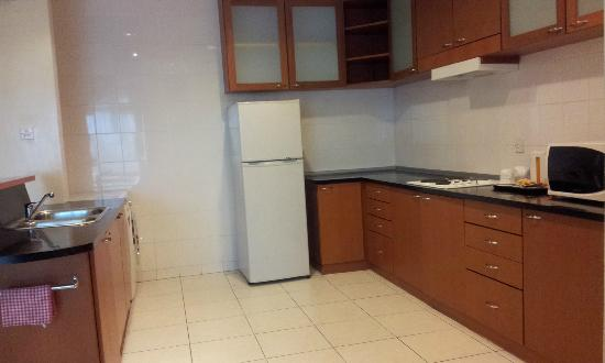 Ariva Gateway Kuching: Kitchen