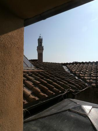 Palazzo Fani Mignanelli: View from bedroom window