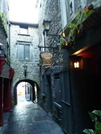 Butter Slip: Cute little alley, include it on your Kilkenny Walk