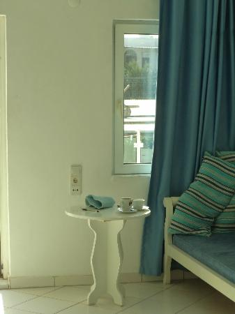 Turihan Hotel: clean, simple and tidy rooms