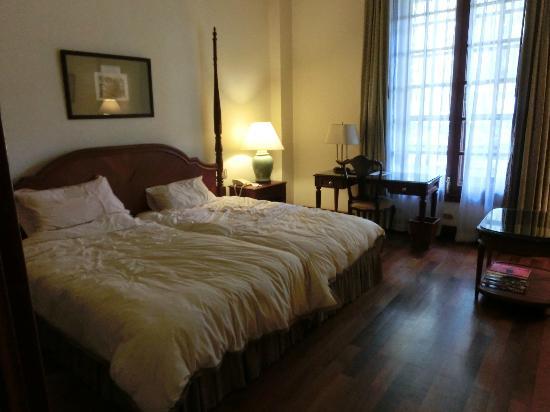 Settha Palace Hotel: デラックスツイン