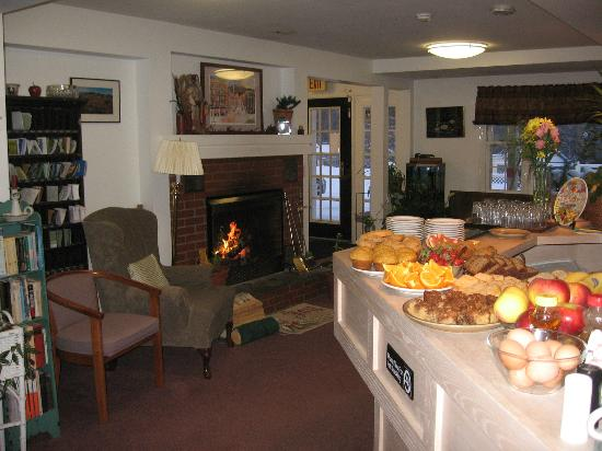Killington Motel: breakfast room