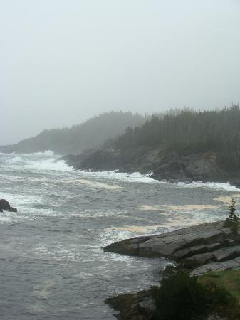 East Coast Trail: the ocean at the mouth of the bay