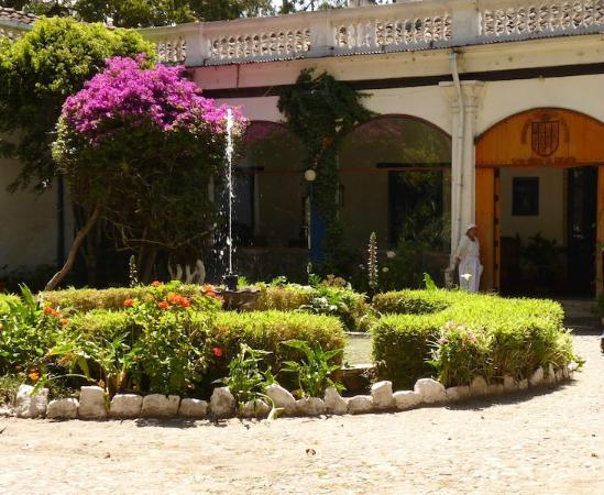 Hacienda Pinsaqui, Otavalo: Main Entrance