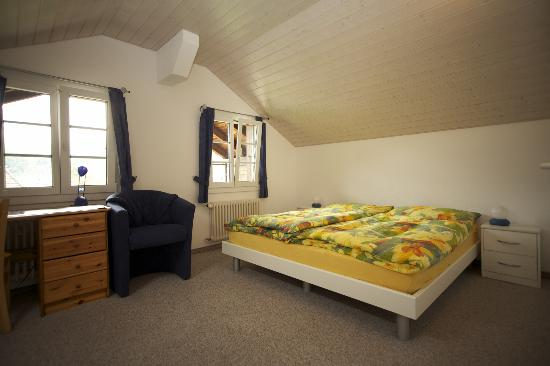 Sunny Days Bed & Breakfast: Room 9, Main room