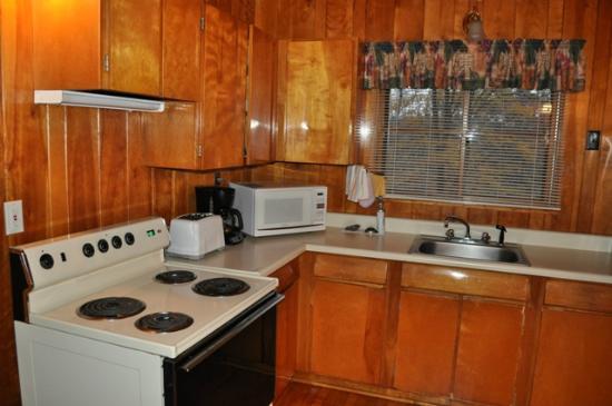Tygart Lake State Park: Tygart Lake_Cabin 3_Kitchen