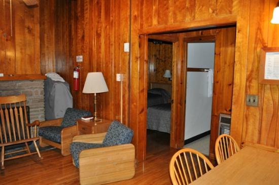Tygart Lake State Park: TygartLake_Cabin3_Living Room