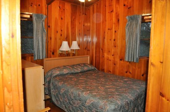 Tygart Lake State Park: Tygart Lake_Cabin 3_Bedroom 1