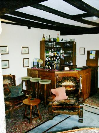 Collaven Manor Hotel: Bar Area
