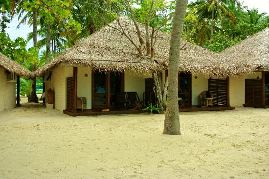 Alimatha Aquatic Resort: ...........