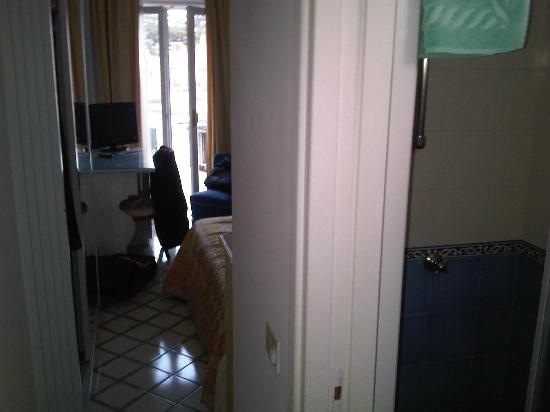 Hotel Gatto Bianco: Camera