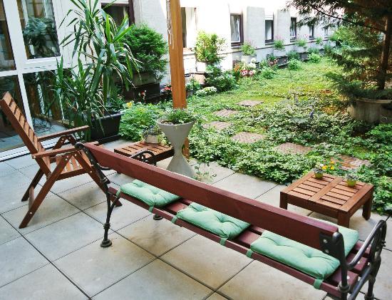 Pension Schoenbrunn : Garden - Garten