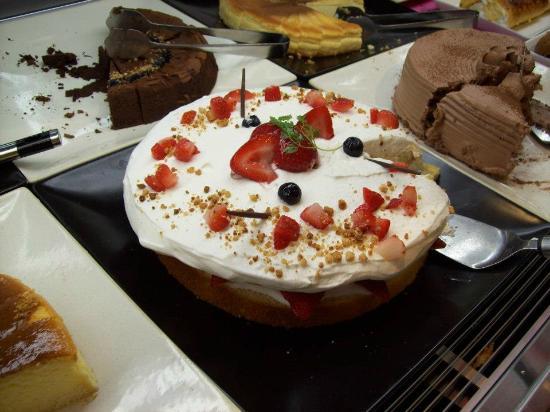 Sweets Paradice: Magnifica torta alla panna e fragole