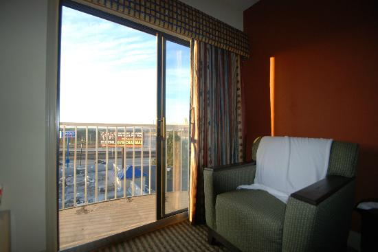 BEST WESTERN PLUS Atlanta Airport-East: View from my room #717