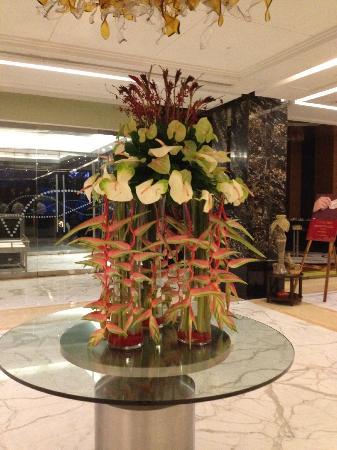 Taj Club House: Taj lobby