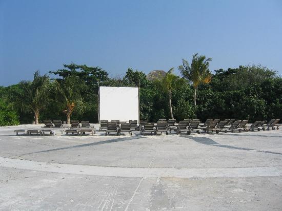 Soneva Fushi Resort: Outdoor cinema