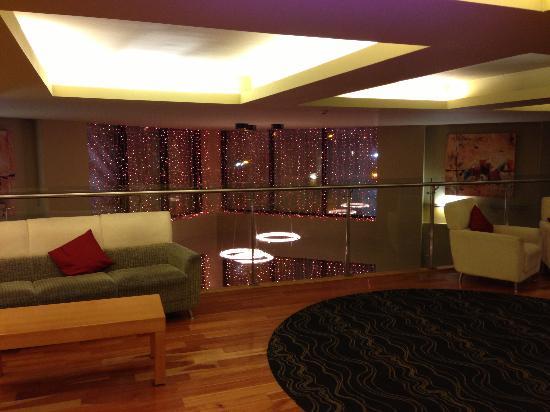 Claregalway Hotel: First floor landing