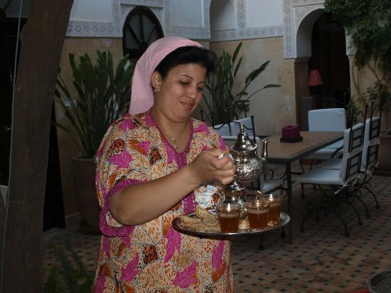 Riad Aguerzame: Leila, la cuisinière du riad
