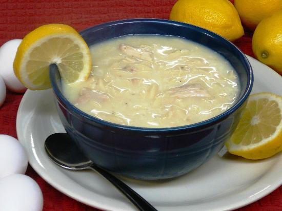 Queen's Pizza & Restaurant: Homemade Chicken Lemon Soup