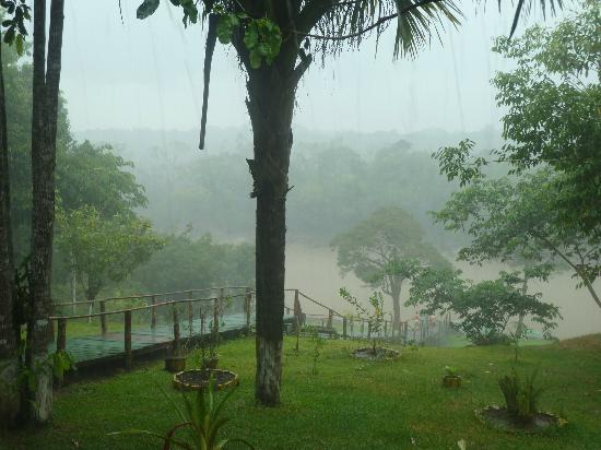 Amazon Tupana Lodge: View from dining, in the heavy Rain