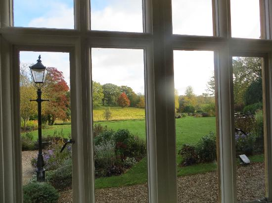 Lords of the Manor Hotel: View of the grounds from the Drawing/bar room