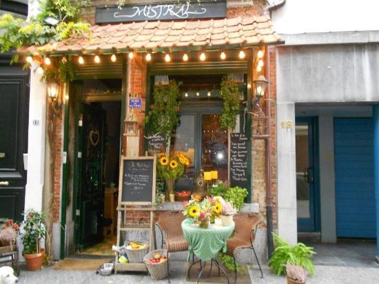 Mistral: Toevallige ontdekking van dit schattig restaurant