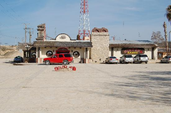 Ciudad Acuna, México: Boys Town