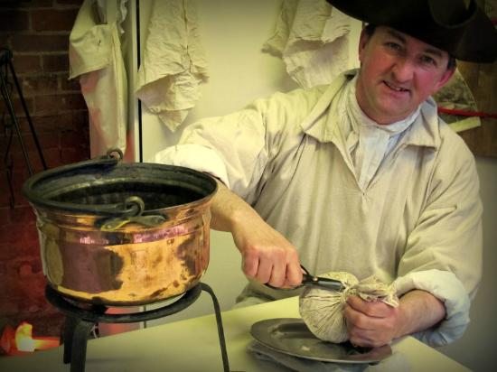 The Copper Pot: Preparing Christmas puddings - the traditional way.