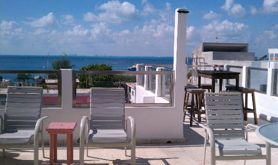 Casa Sirena Hotel: View from rooftop bar area