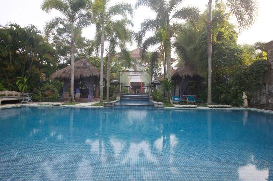 The Mansion Resort Hotel & Spa: Pool right outside our Suite Karna