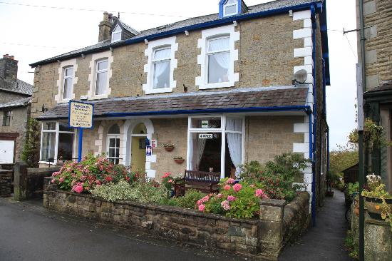 Inglenook Guest House: What to look when driving into village