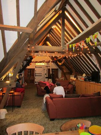 Brackenborough Hall Coach House Holidays: lounge area granary