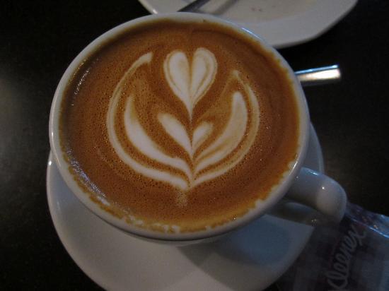 Cafe Art: Barista as artist!