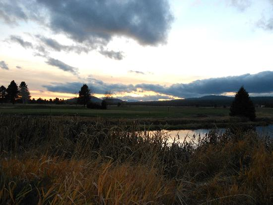 Sunriver Resort: Sunset at Sunriver