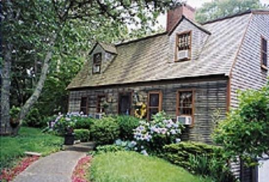 Cape Cod Inns And Bed And Breakfast