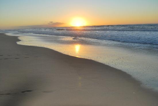 Aston Aloha Beach Hotel: Secret Beach
