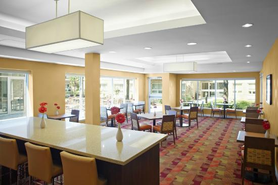 TownePlace Suites by Marriott Mississauga-Airport Corporate Centre: Lounge