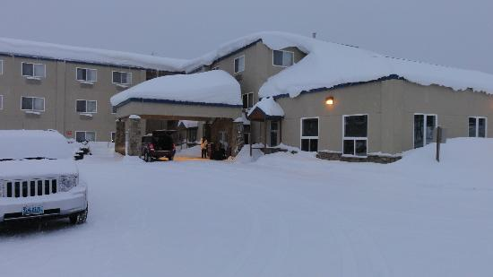 Yellowstone West Gate Hotel: Idealer Winterübernachtungs Ort.
