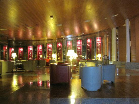 Rixos Sungate Hotel: piyanobar 